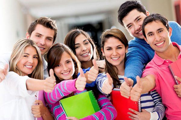 Programa de Trainees e estagiários de carreira