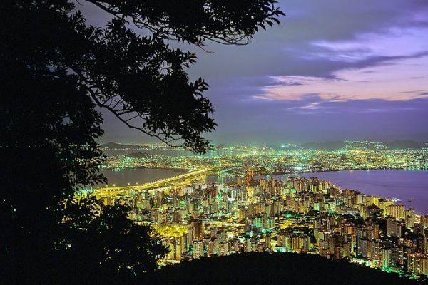 Três cidades catarinenses estão entre as melhores do Brasil para empreender